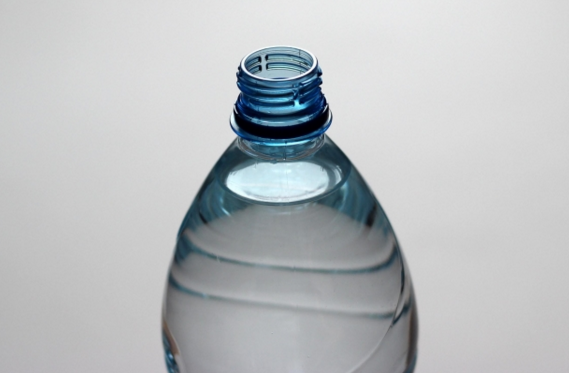 Flint, Michigan water crisis spurs GoFundMe page