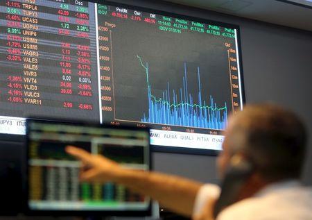 Brazil stocks lower at close of trade; Bovespa down 1.05percent