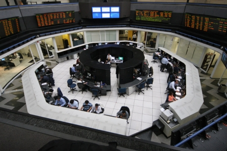 Mexico shares higher at close of trade; IPC up 0.18%