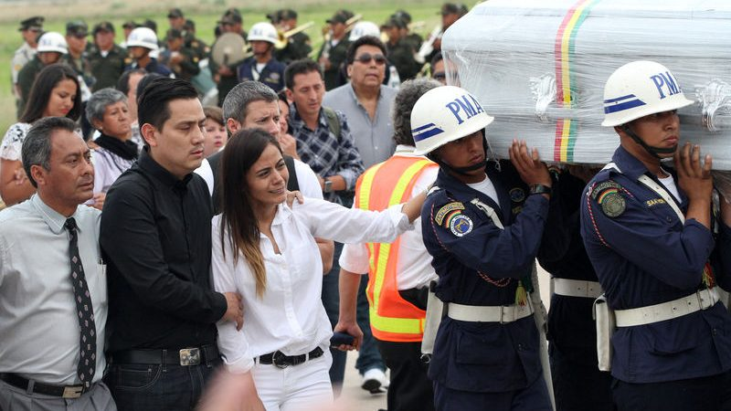 Grieving Brazilian city receives bodies of soccer crash victims